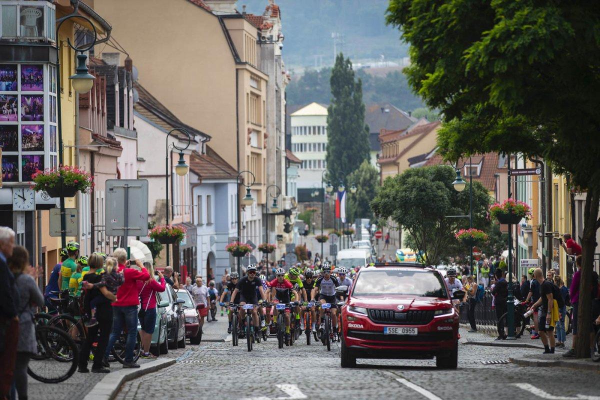 Kolo pro život míří do Berouna Beroun ožije cyklistikou: Kolo pro život čeká sedmý díl