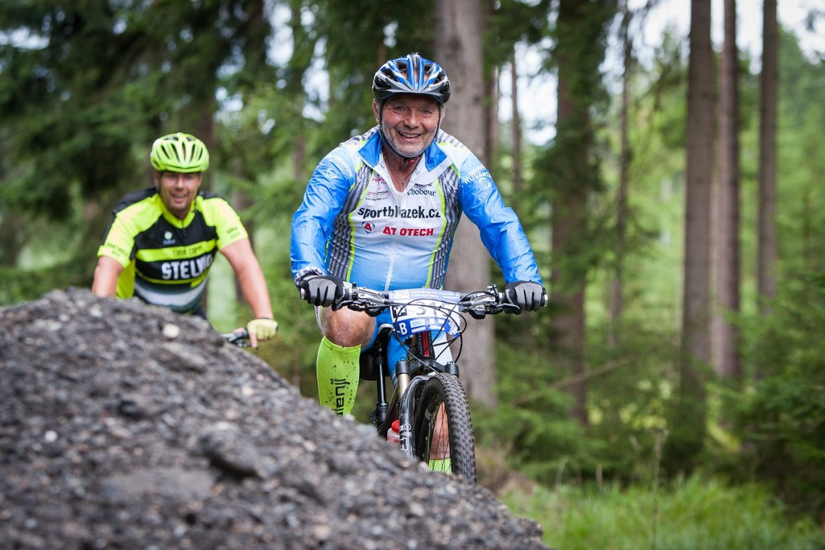 Hlavní trasa Karlovarského AM bikemaratonu 2018 krok za krokem