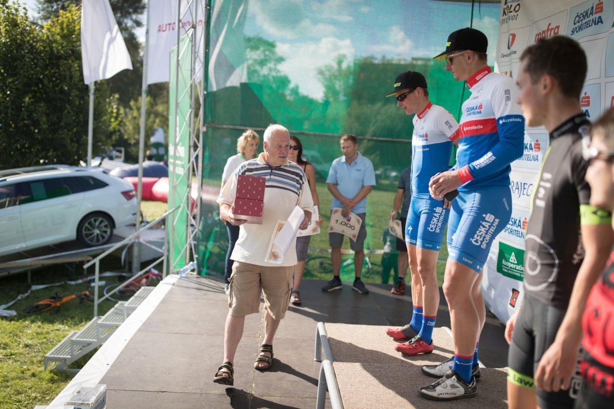 Medaile na Karlovarském AM bikemaratonu předá cyklistická legenda