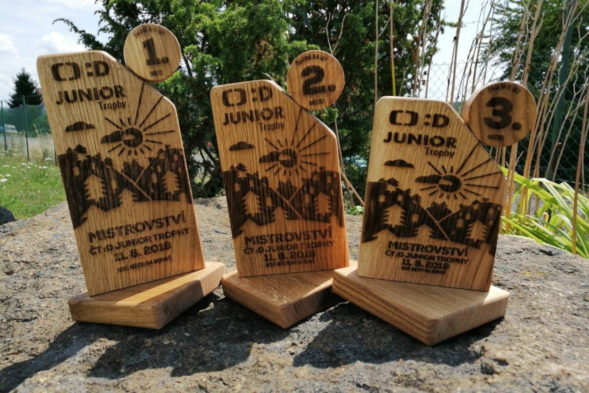 Unikátní trofeje Mistrovství ČT :D Junior Trophy 2019