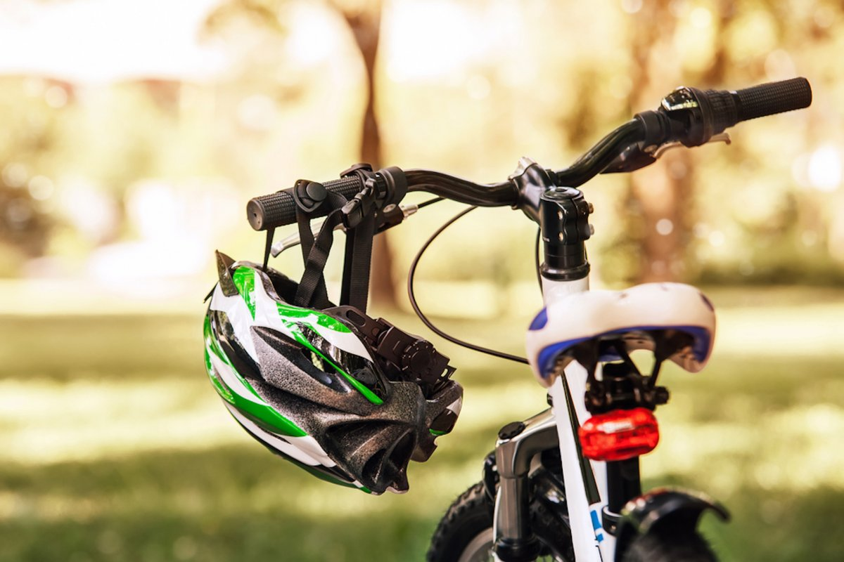 Cyklistická<br> přilba ano, či ne?
