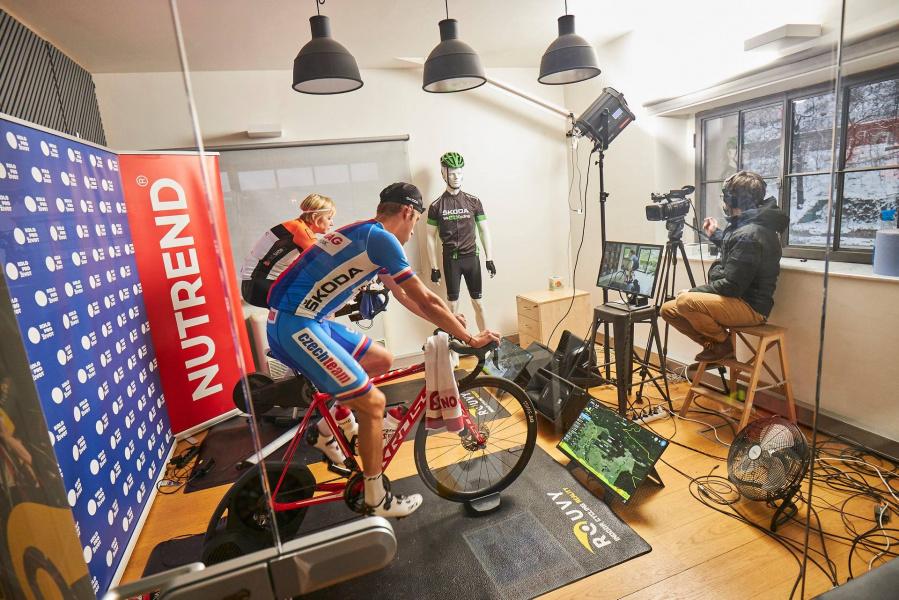 Turek říznul Cinka! Virtual KPŽ by WeLoveCycling.cz vyvrcholí v Radotíně!